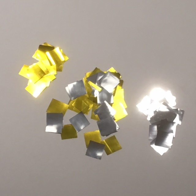 Wonderfall XL Gold and Silver Mylar Flakes
